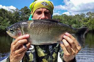 pesca caño bocon colombia